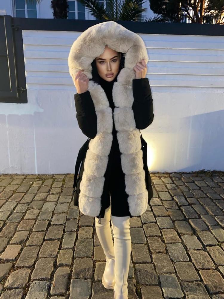 Winterjacke Adriana mit XXL-Kapuze